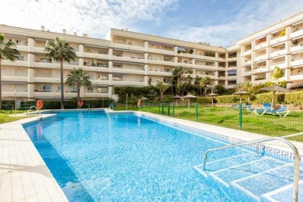 Penthouse a vendre à Costa Nagüeles II, Marbella Golden Mile, 4 Chambres, 3 Salles de bains à Costa Nagüeles II, Marbella Golden Mile